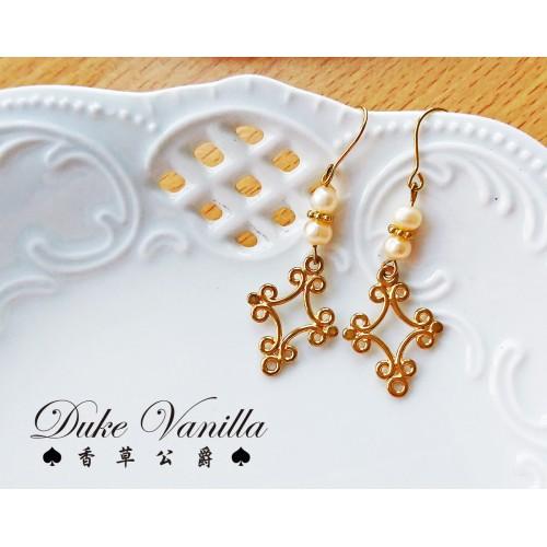 春光序曲*珍珠雕花十字架耳環