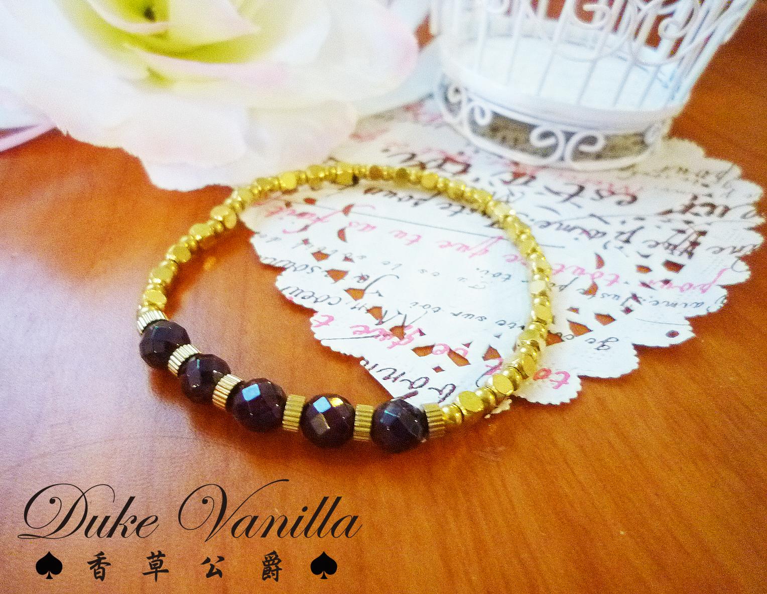 黃銅方珠齒輪紅石榴五顆手環 - Duke Vanilla 香草公爵