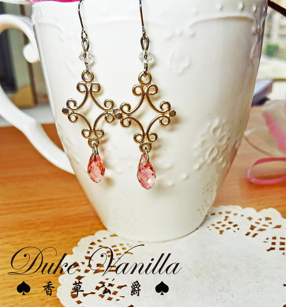 冰晶*奧地利水晶 十字架耳環 - Duke Vanilla 香草公爵